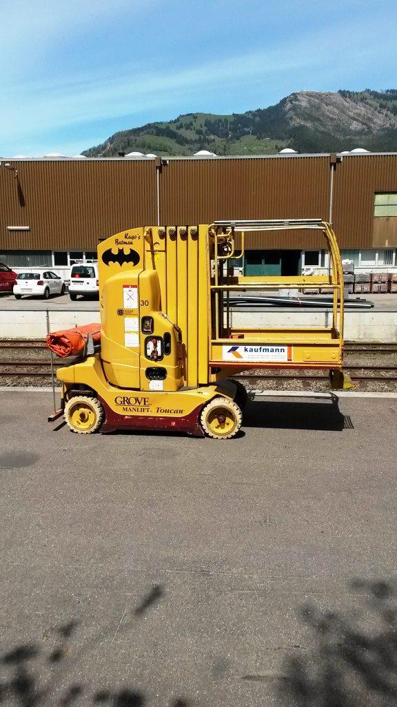 Elevating Platform Toucan 900 Mounted On Rail Car
